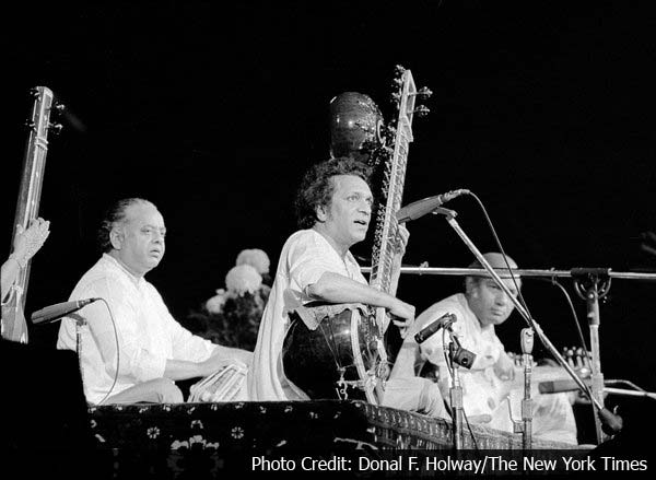 Ravi Shankar, Indian sitarist, dies at 92