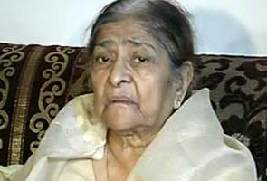 Gujarat riots case: Supreme Court asks probe agency if documents have been given to Zakia Jafri
