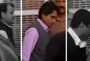 Zee editors get bail in Jindal extortion case