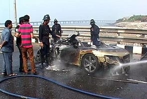Audi supercar worth Rs. 1.8 crore catches fire on Bandra-Worli Sea Link in Mumbai, passengers rescued