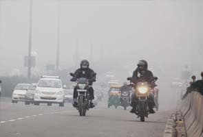 Chilly morning in Delhi, sunny day ahead