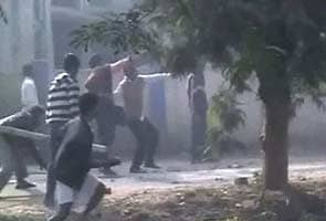 Cops, Trinamool workers clash in Hooghly after party worker allegedly dies in police custody