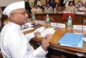 Lokpal Bill, cleared by cabinet, slammed by Anna Hazare, BJP