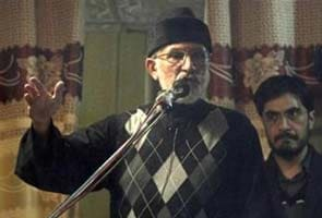 Pakistan holds talks with cleric Tahir-ul-Qadri