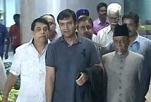 'Hate speech' case: Cops to get Akbaruddin Owaisi examined before taking decision on his plea