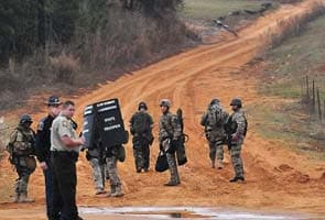 Alabama child hostage standoff in second day at bunker