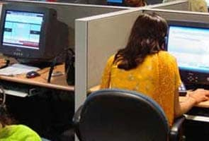 At call centres, women want to leave early. Or just leave.