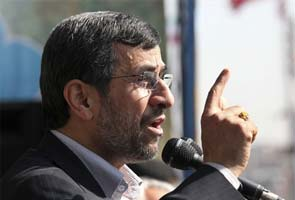 Mahmoud Ahmadinejad: I'll talk with US if pressure stops