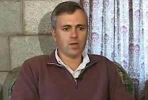 Afzal Guru hanging: Chief Minister Omar Abdullah's remarks countered by father Farooq
