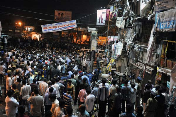Hyderabad blasts: at least 14 killed, 78 injured
