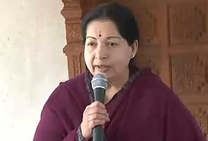 Jayalalithaa drops three ministers from her Cabinet