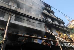 19 killed in Kolkata market fire