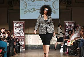 At London Fashion Week, plus-sized models carve out corner