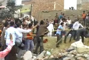 Two dead, many injured in Delhi building collapse