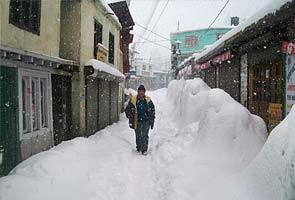 Kashmir gets slight respite from cold conditions