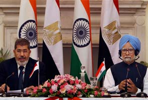 Egypt President Mohamed Morsi wants India to join Suez Canal corridor project