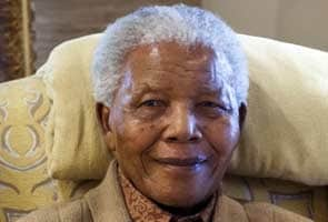 South Africans pray for ailing Nelson Mandela