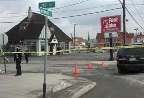 Four dead in US shooting; police search for suspect
