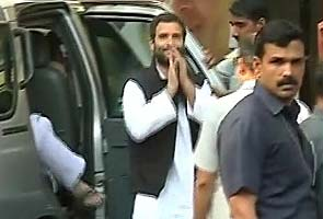 Rahul Gandhi's rush hour entry in Mumbai slammed on Twitter