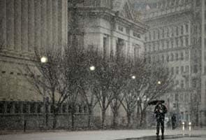 Cities shut down as major snowstorm sweeps across, 2200 flights canceled