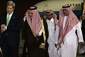 US Secretary of State John Kerry in talks with Syria, Iran in Saudi Arabia