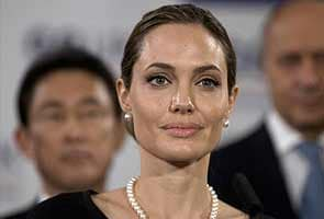 Angelina Jolie, beautiful stranger behind Afghan school