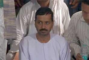 Anna Hazare won't give juice when Arvind Kejriwal ends hunger strike tomorrow