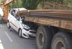 Iron rods sticking out of truck pierce through car in Noida near Delhi; driver killed, two injured
