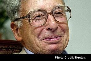 Robert Edwards, Nobel winner for in vitro fertilisation, dies at 87