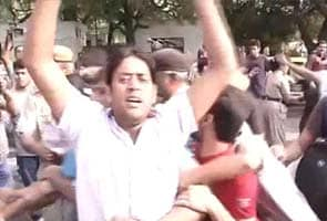 Delhi rape: Anger grows on streets, protests near India Gate