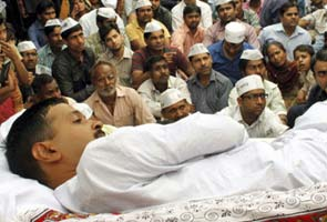 Arvind Kejriwal's fast enters Day 11, undeterred by thin audience