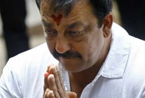 Sanjay Dutt gets four more weeks to surrender from Supreme Court