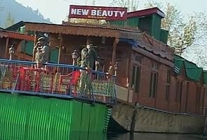 British woman found dead on houseboat in Srinagar; police suspect murder, arrest Dutch tourist
