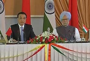 India-China border issues: PM Manmohan Singh, premier Li Keqiang talk settlement