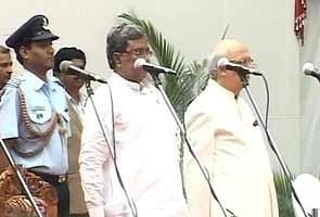 Karnataka: 28 ministers sworn into Siddaramaiah's Cabinet