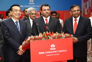 Chinese Premier Li Keqiang visits Tata Consultancy Services centre in Mumbai