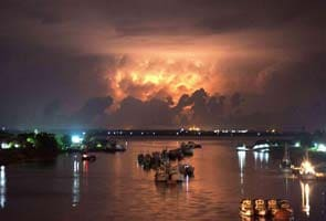 Cyclonic storm 'MAHASEN' may skip Tamil Nadu coast, move towards Bangladesh-Myanmar