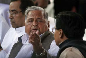 Government placates Mulayam Singh Yadav who attacked it over China incursion