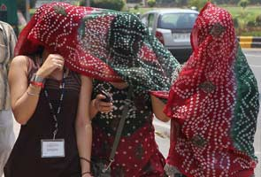 No respite from heat in Delhi, day temperature may touch 45 degrees today
