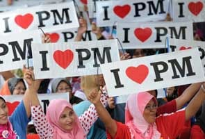 Key issues, players and facts in Malaysia elections