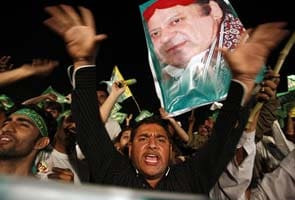 Nawaz Sharif leads in Pakistan polls, heading for his third term as PM