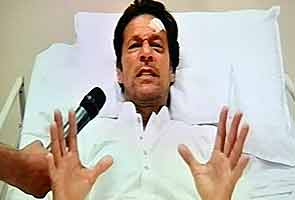 From hospital bed Imran Khan hails a 'naya Pakistan'