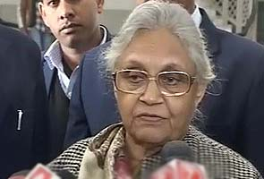 Delhi Lokayukta indicts Chief Minister Sheila Dikshit for misusing public funds in government advertisements