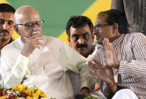LK Advani takes a swipe at Narendra Modi, rates Shivraj Singh Chouhan higher than him