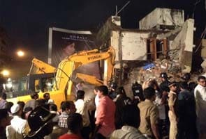 Mumbai building collapse: 10 dead, five injured