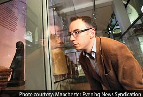 Ancient Egyptian statue in UK museum moves on its own