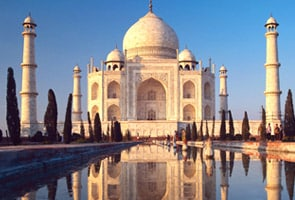 See how TripAdvisor ranks Taj Mahal