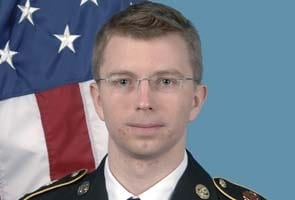 WikiLeaks trial: Judge won't dismiss serious charge in US soldier Bradley Manning case