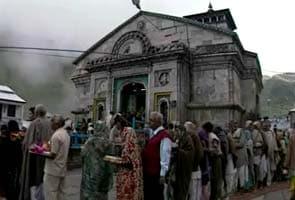 Huge cracks in Kedarnath temple, but sanctum sanctorum safe