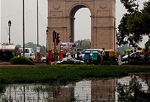 Rain in Delhi causes traffic chaos at rush hour, more expected on Saturday